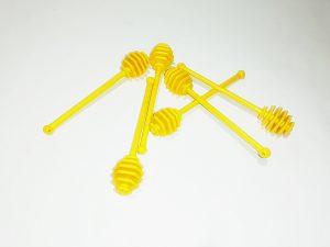 Пластмасова лъжичка за мед