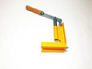 уред за пробиване на рамки, рамкопробивач(3)