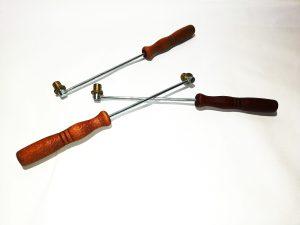 шпорче метално модел 2